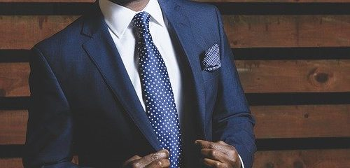 Is-it-safe-to-buy-custom-suits-online-f